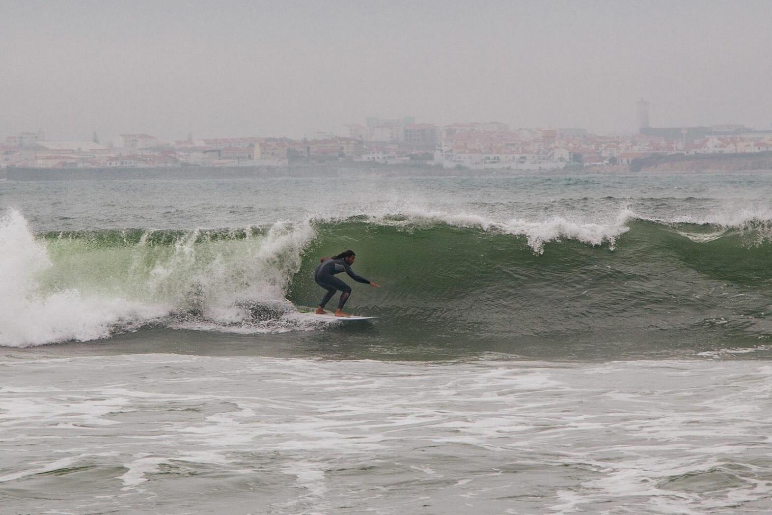 Surfing Peniche